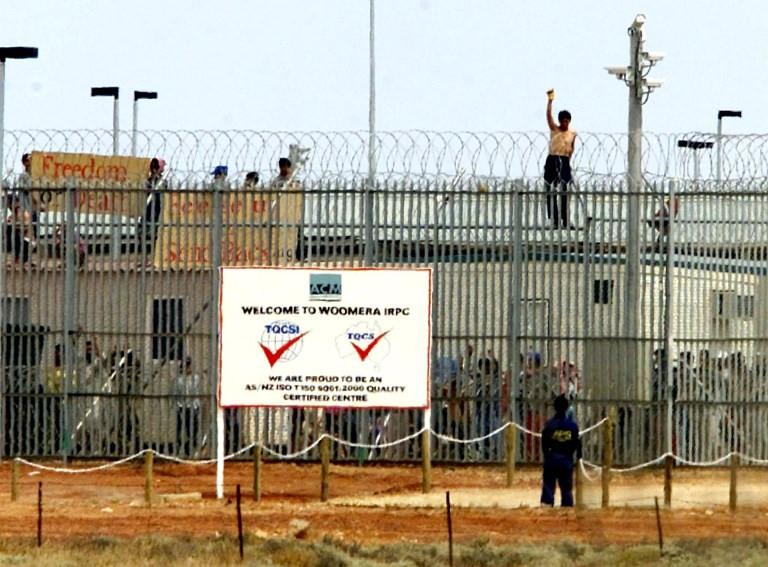Australia closes controversial detention centre