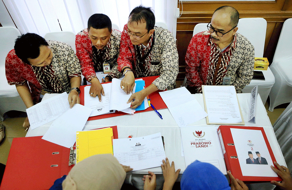 KPU rejects revised Prabowo-Sandi vision, mission document