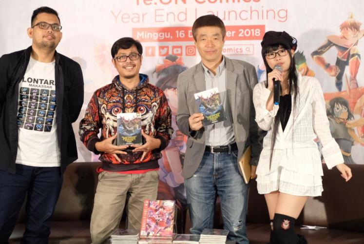 Sweta Kartika (kedua dari kiri) sang penulis dan pencipta Nusa V dan Bunsho Kajiya (kedua dari kanan) direktur Shogakukan Asia Pte Ltd. pada acara peluncuran komik Nusa V di Toko Buku Kinokuniya, Plaza Senayan, Jakarta | Sumber: Nusa V