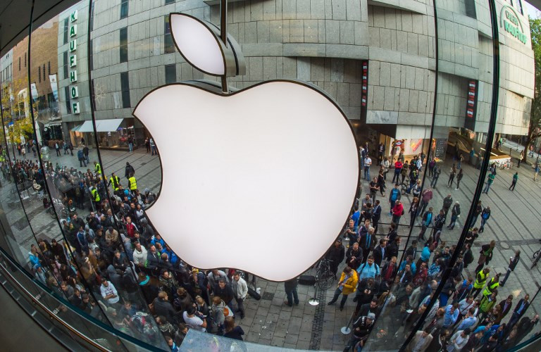 Aiming for reinvention, Apple eyes streaming, services
