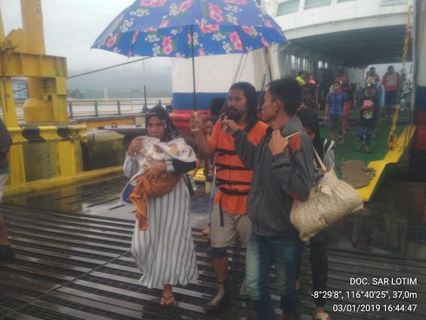 Ferry runs aground off Lombok in bad weather