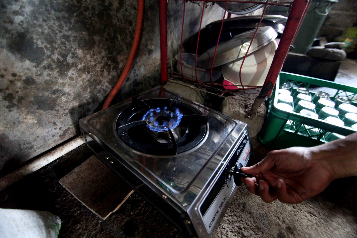 Biogas is also useful for cooking. JP/Maksum Nur Fauzan