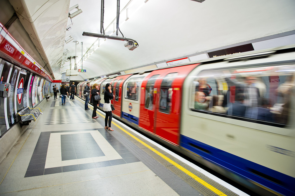 An hour on London Underground as bad as a day in traffic: Pollution study