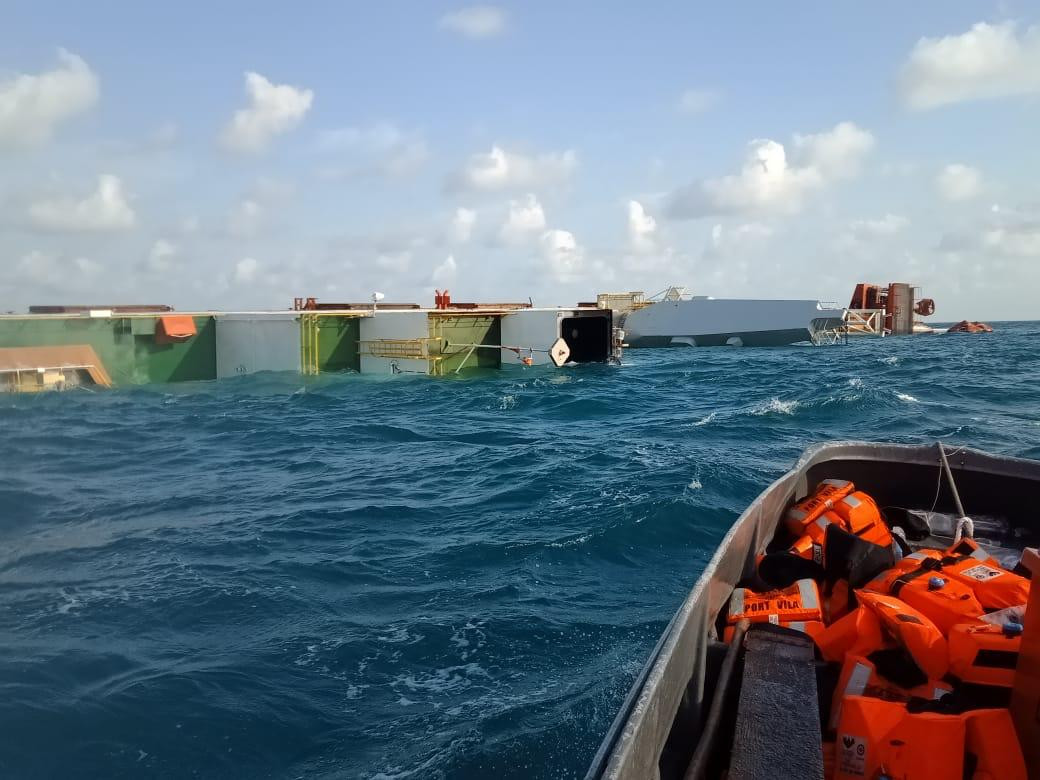 Cable ship sinks after collision with tanker in Bintan