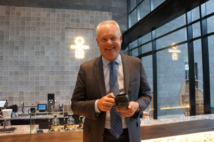 Starbucks CEO Kevin Johnson opened Dewata in Bali.