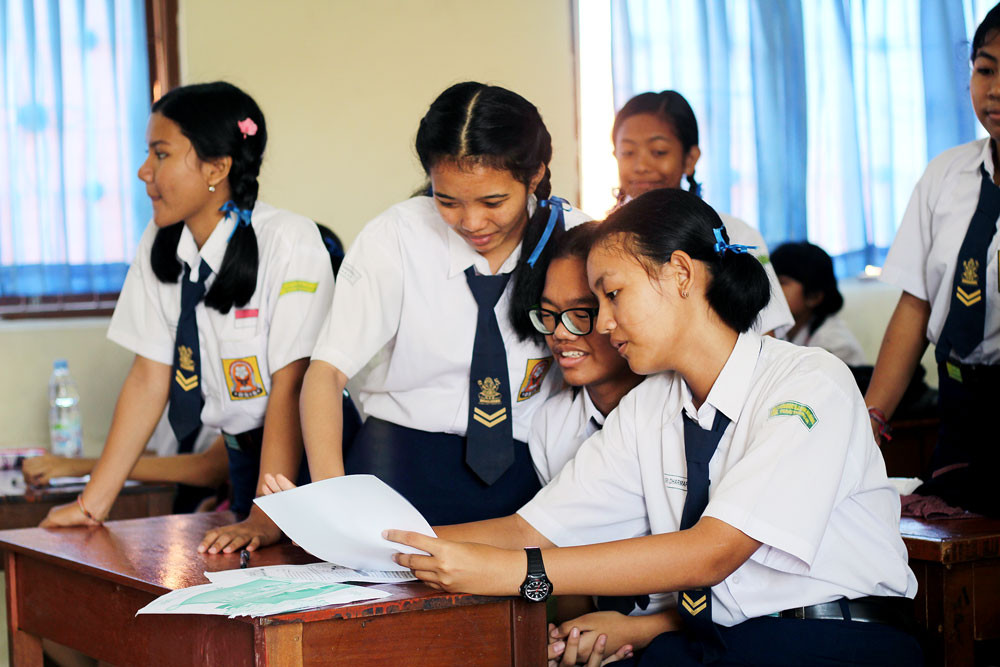 Not even mediocre? Indonesian students score low in math, reading, science: PISA report