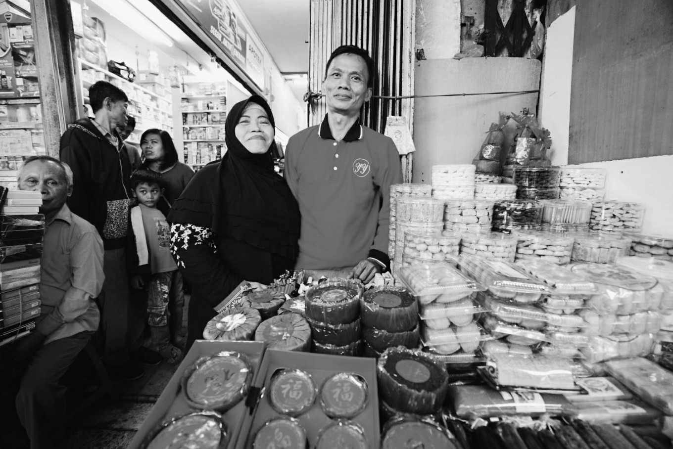 40 years on, mother's food stall stands test of time in Glodok