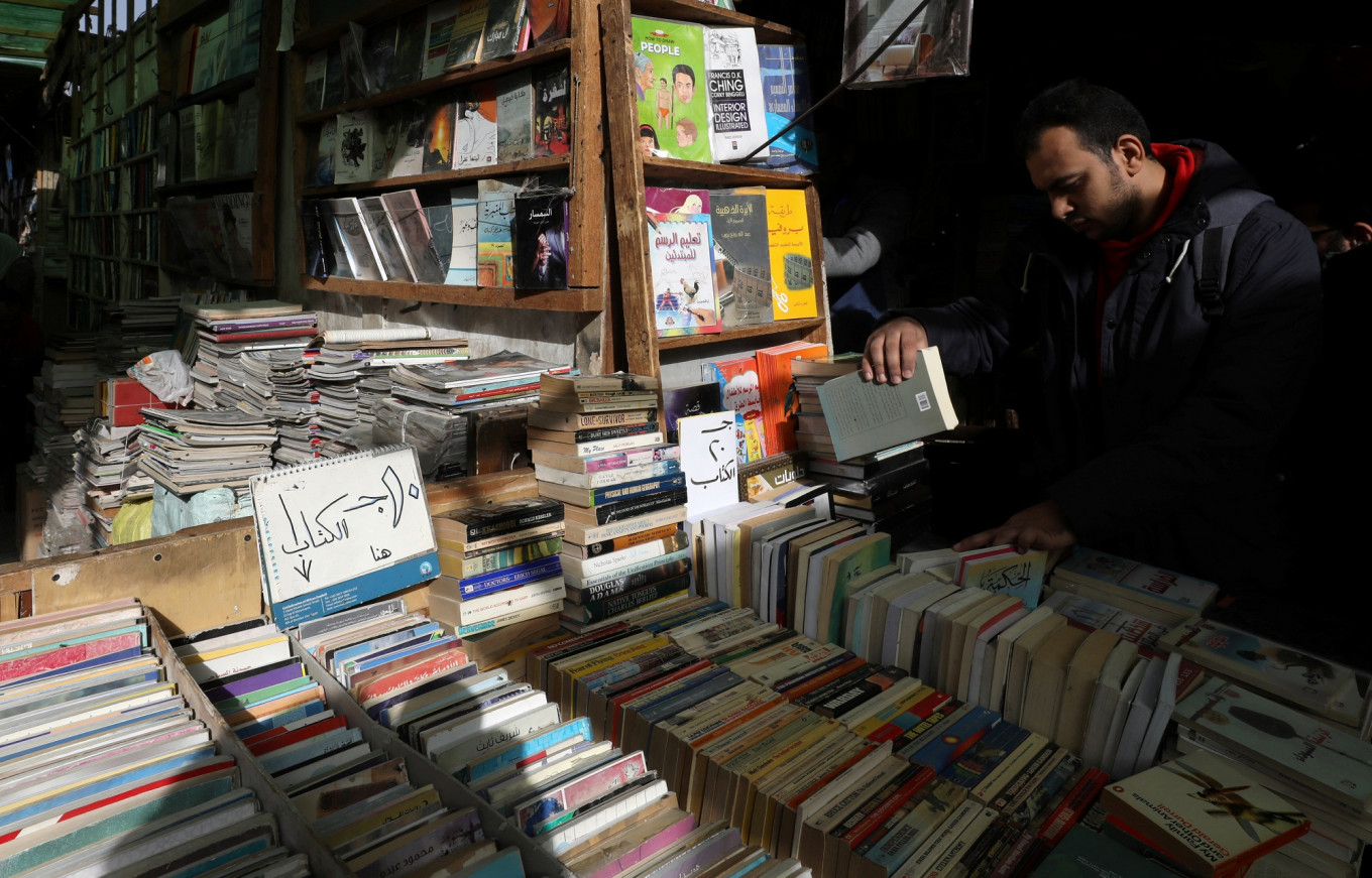 Cairo book fair's gleaming new site opens far from historic market