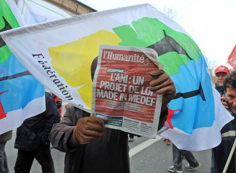 French communist daily fights bankruptcy