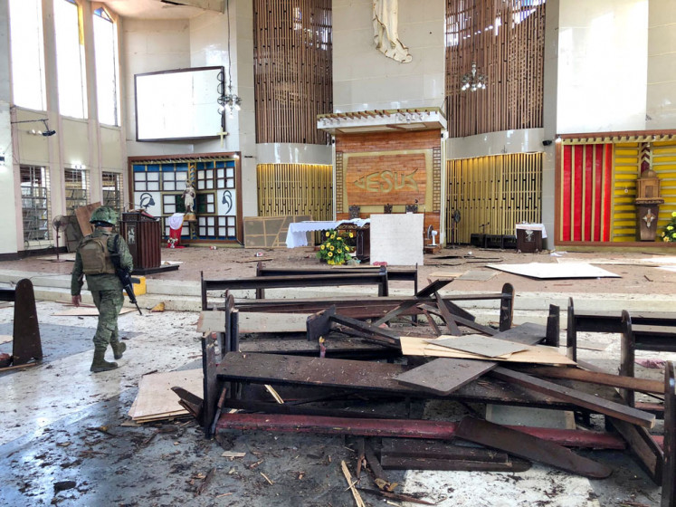 Philippine minister  certain  church bombers were Indonesian couple 958c819547