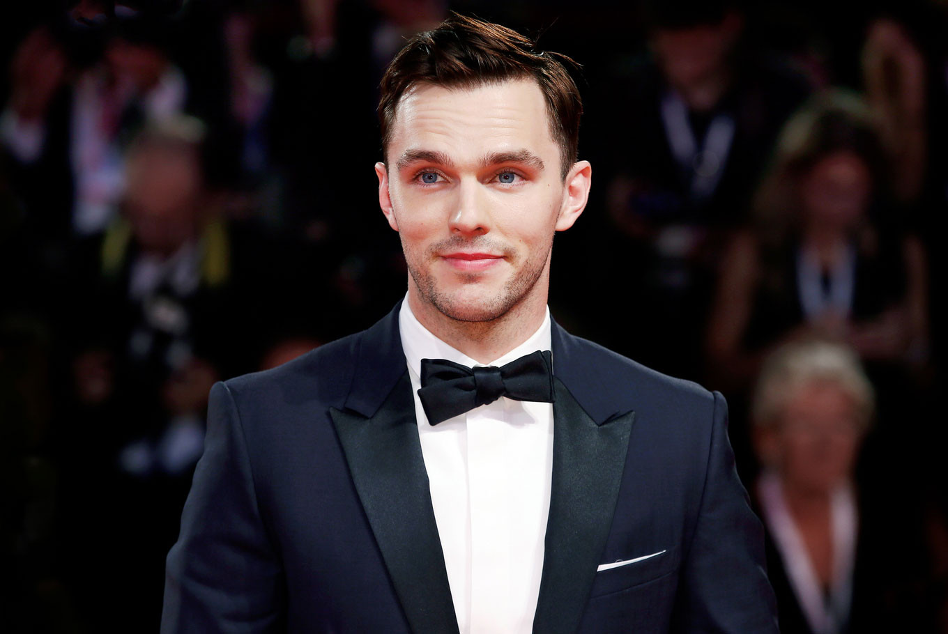 Nicholas Hoult stars as 'young, hot Tolkien' in upcoming ...