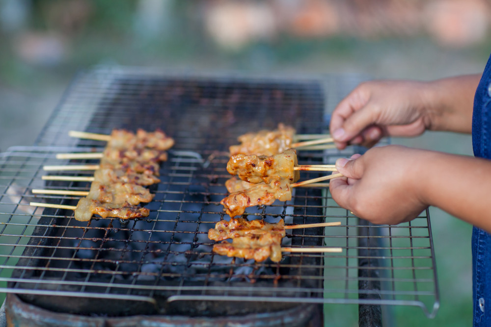 'Don't cook it here!': West Jakarta neighbors argue over smell of cooking pork