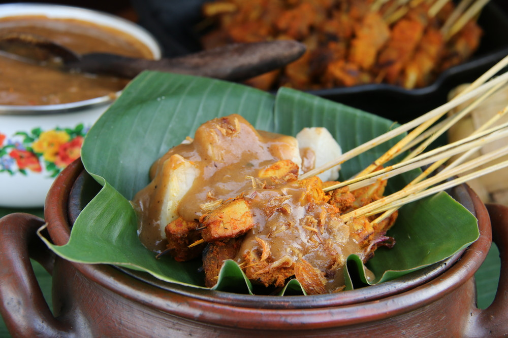 Padang stall accused of secretly selling pork satay to Muslims