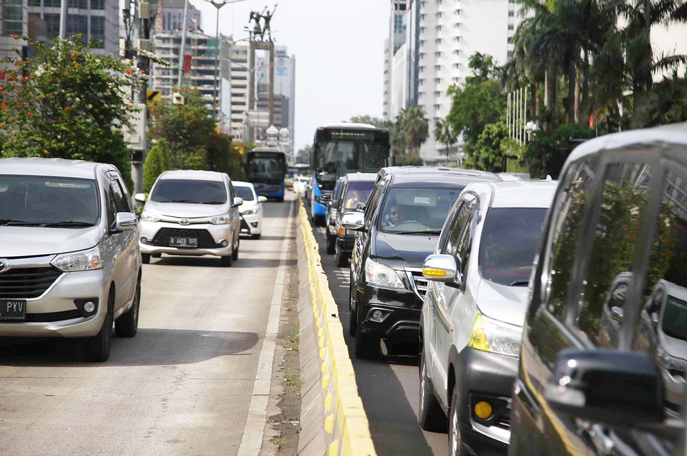 Moving capital will not ease Jakarta's traffic congestion: Anies
