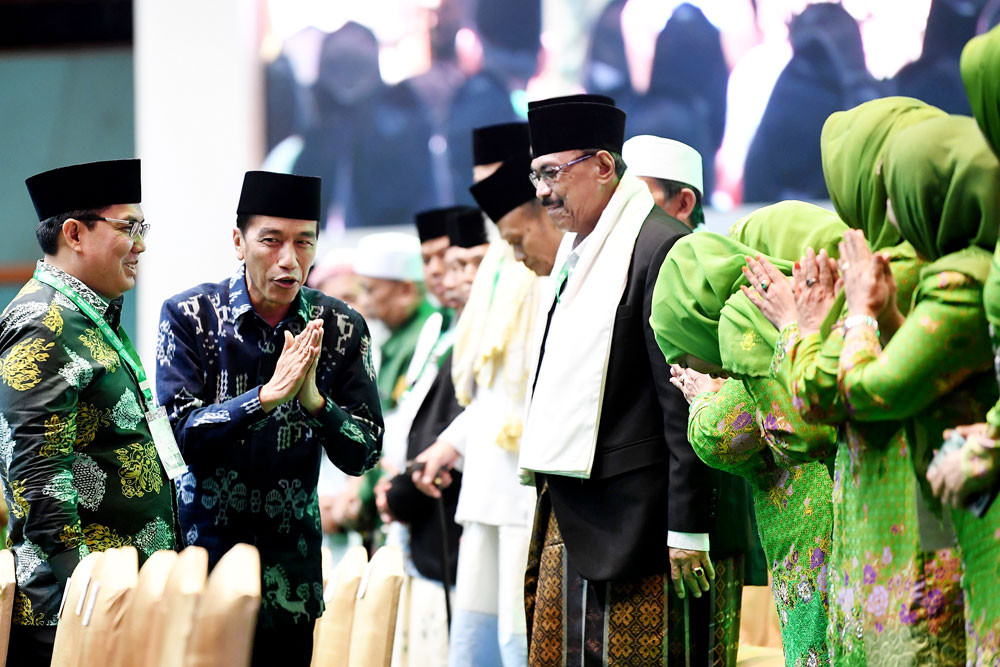 That was awkward—at Jokowi event, senior cleric mistakenly prays for Prabowo
