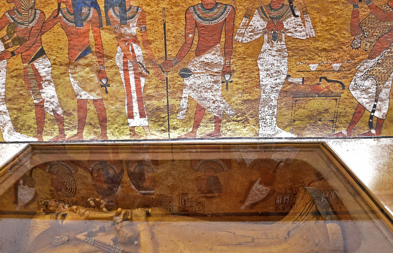 Egyptologist in Canada presents theory of two queen rule before Tutankhamun