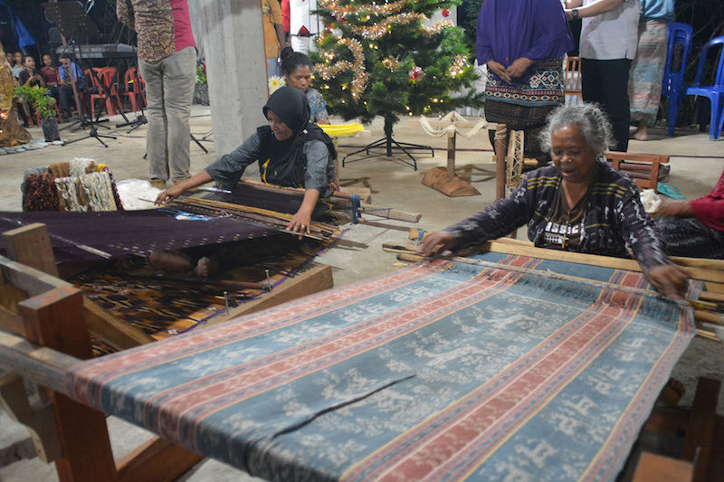 East Nusa Tenggara festival to promote traditional sarongs