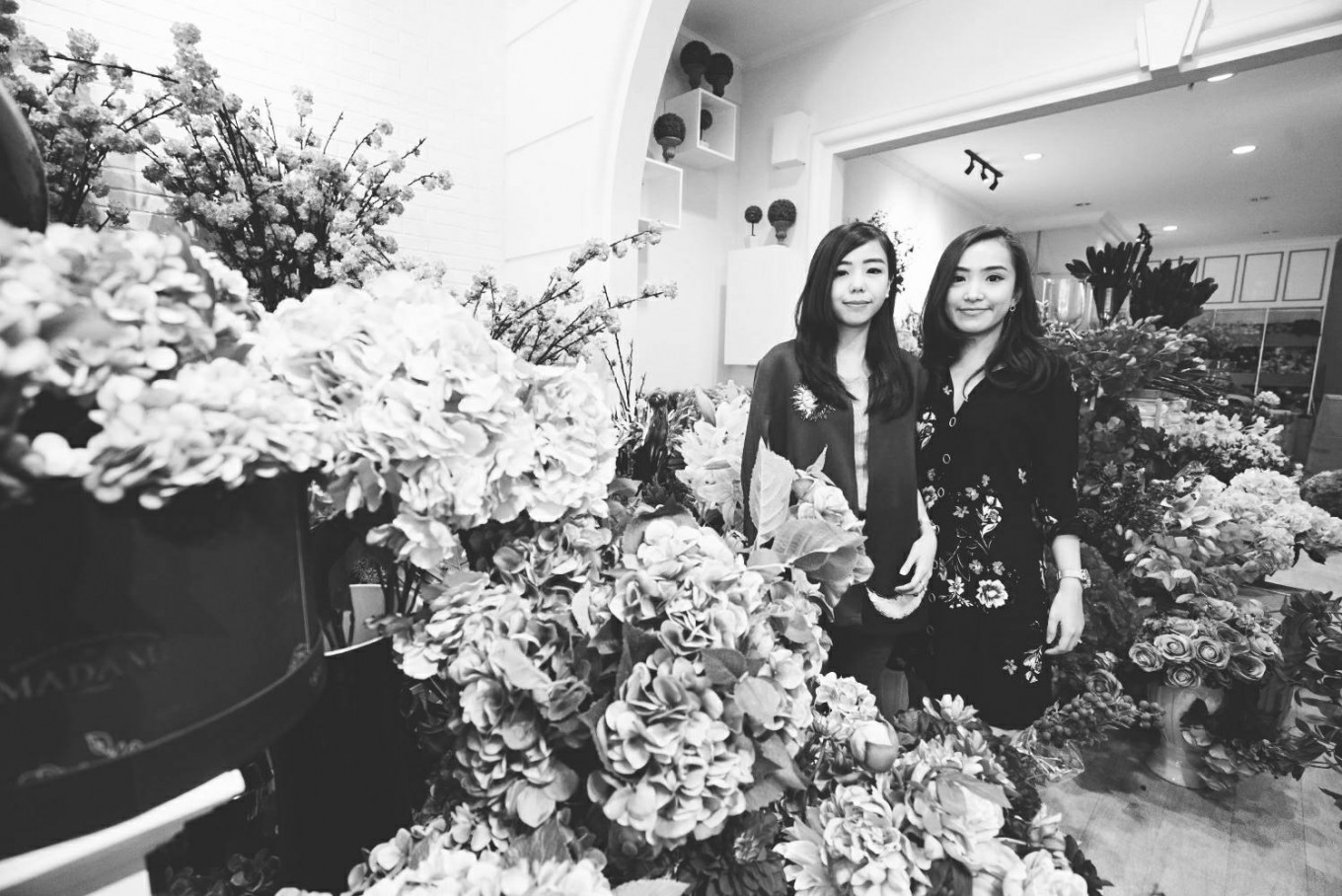 Sisters set down own roots to bloom in flower business