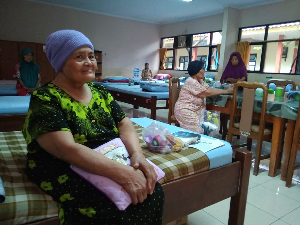 Jakarta's nursing homes continue to care despite impending overload