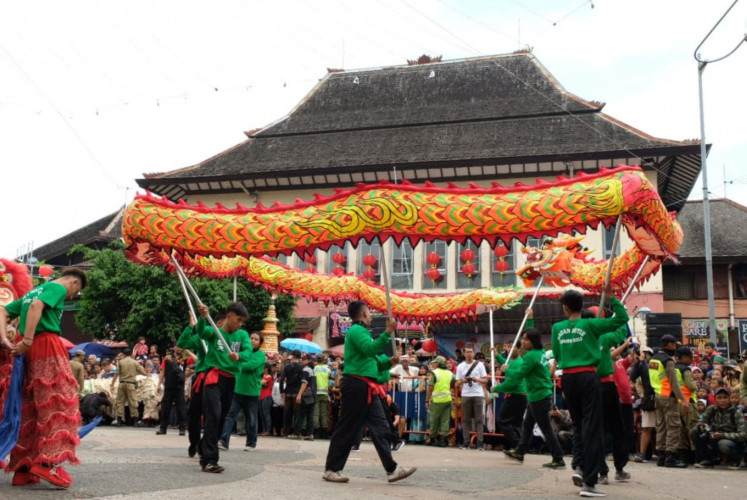 'Liong' and 'Barongsai' performances