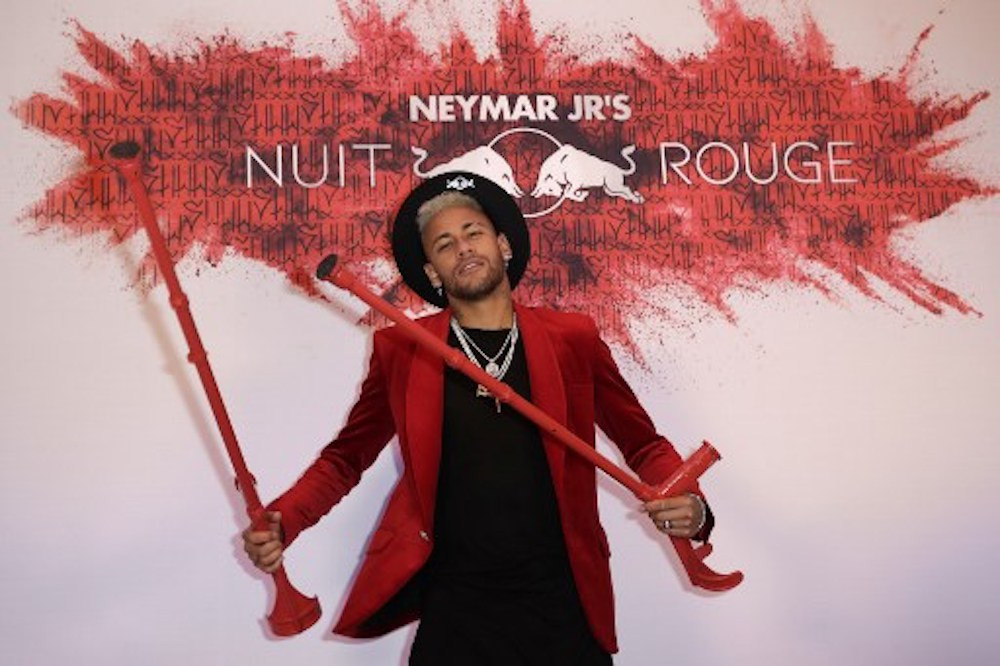 Neymar celebrates birthday in style and on crutches