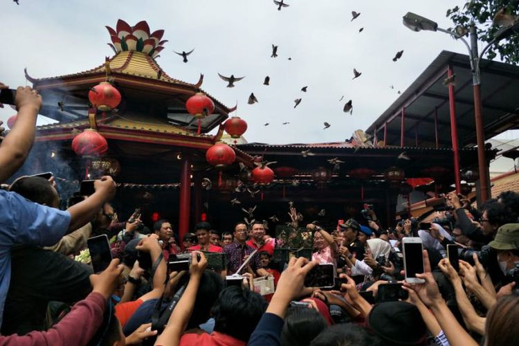 Road closure prepared in Jakarta's Chinatown for Cap Go Meh celebration