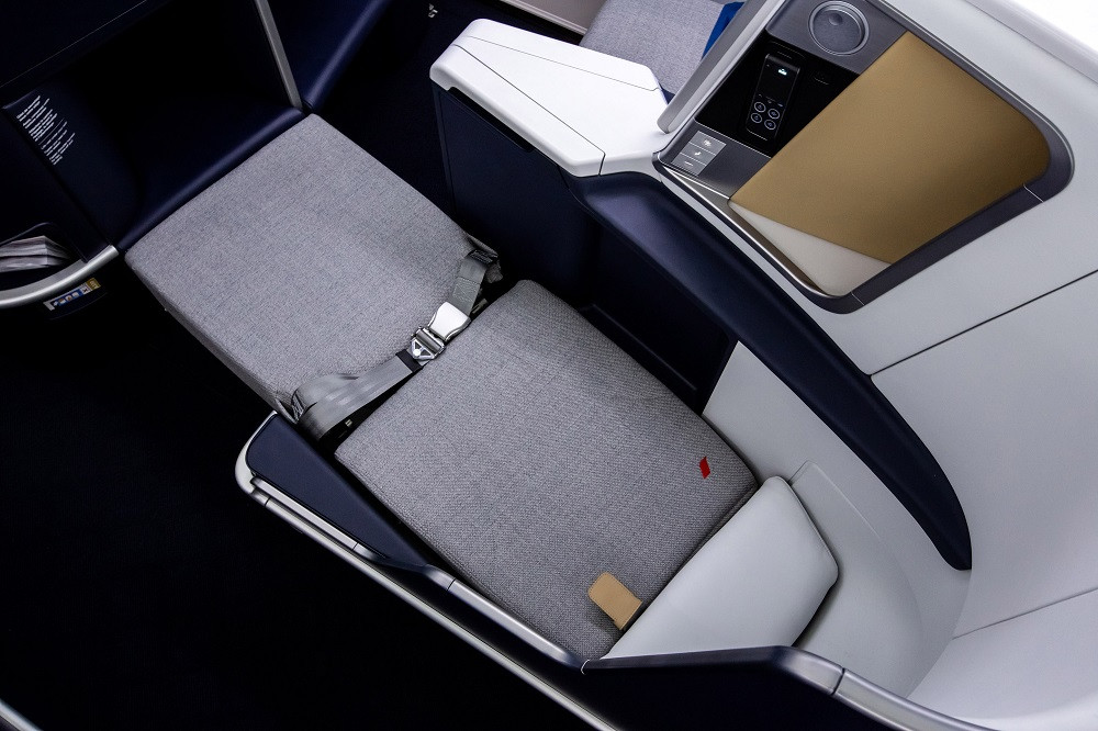 Air France brings new lie-flat beds, privacy screens and Clarins toiletries to skies