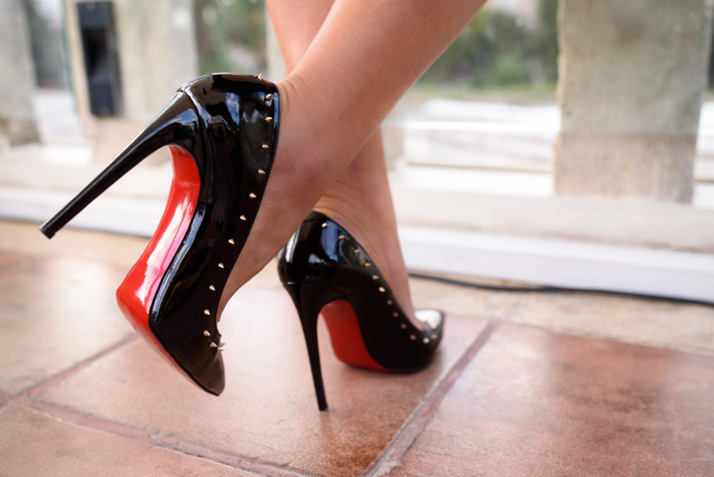 Louboutin wins Dutch court battle over red-soled shoes