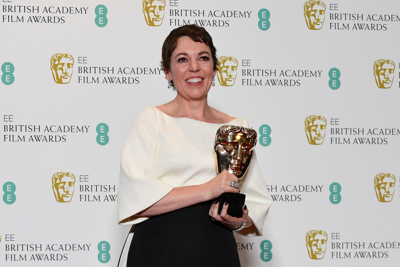 'The Favourite' rules BAFTAs with most wins, 'Roma' takes top prize