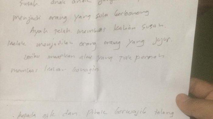 "Investigators reportedly found a handwritten note from Zulfadli that said he was sorry for being a burden to many people. It also included a message to his wife and children, as well as a plea to the Financial Services Authority (OJK) to put a stop to app-based lending companies, which he referred to as a ""devil's trap""."