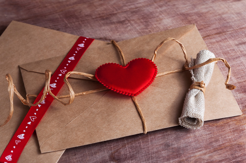 Post-box love for lonely Britons on Valentine's Day