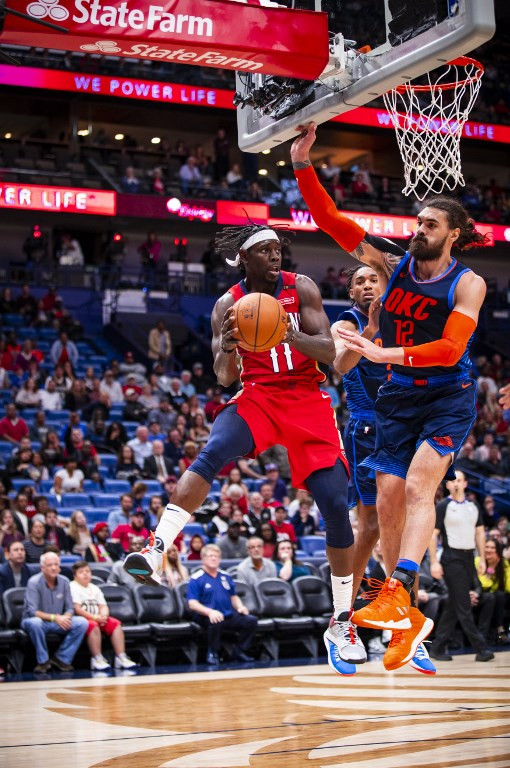 Pelicans lose Davis but cool off red-hot Thunder