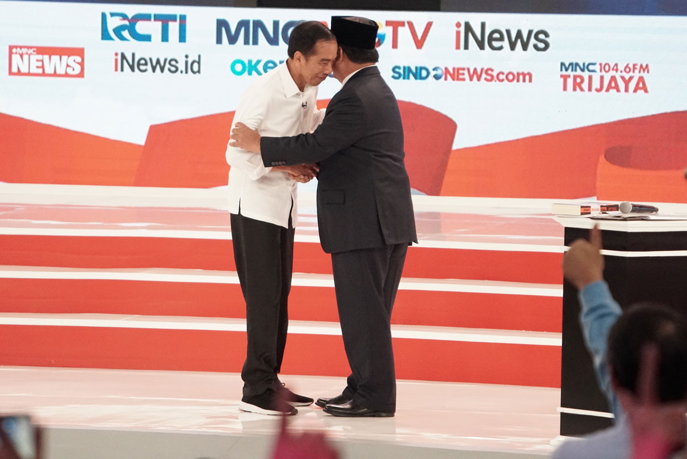 Jokowi reported to Bawaslu for remark on Prabowo's land ownership