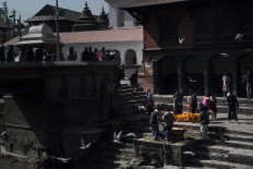 The public can witness the cremation ceremony at Pashupatinath Temple. JP/Rosa Panggabean
