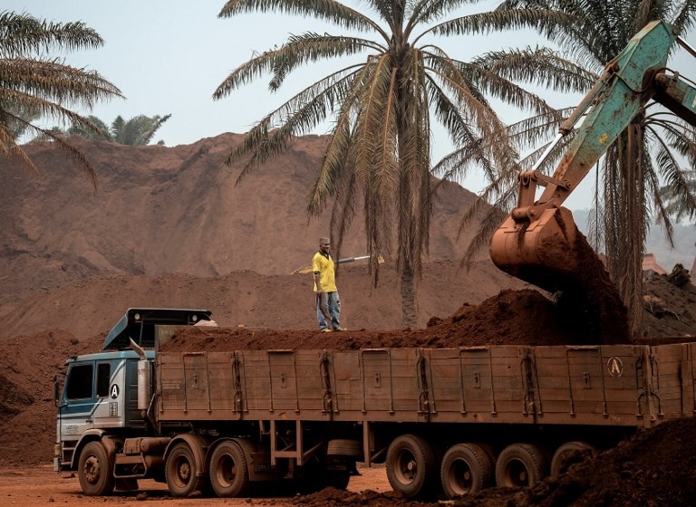 Malaysia to end bauxite mining ban despite environment fears