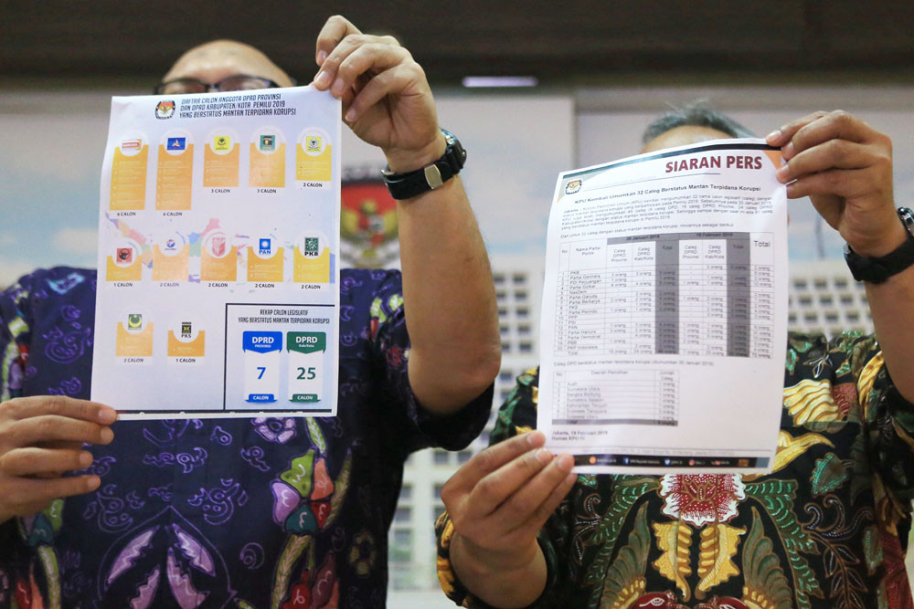 KPU names more former graft convicts on ballot papers