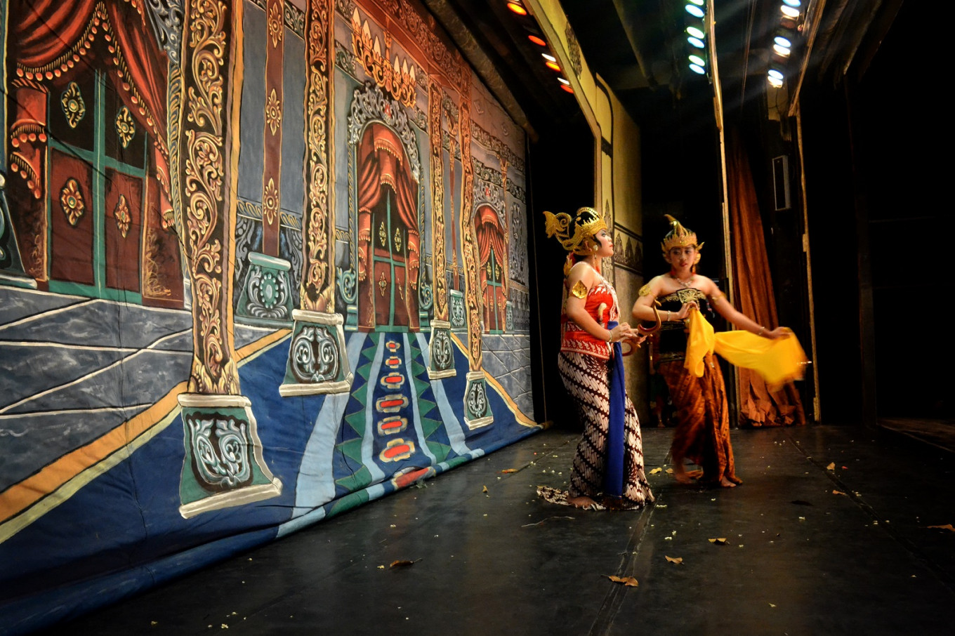 SMPN 4 Surakarta students perform excerpts from the Mahabharata and Ramayana epics in a 'wayang orang' performance.