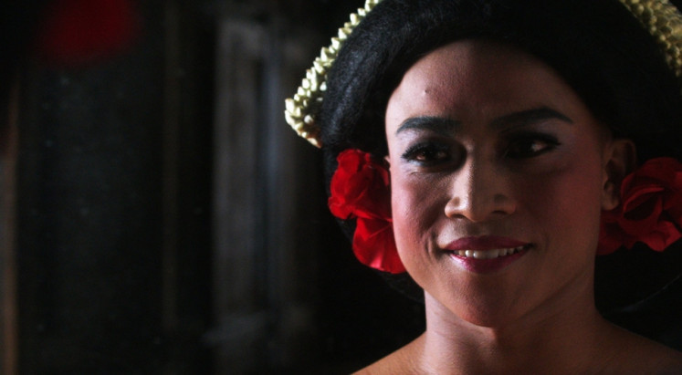 Femininity: Garin Nugroho's 'Kucumbu Tubuh Indahku' explores the nuances of femininity through the life and dance of its protagonist, Juno, which is based on real-life dancer Rianto.