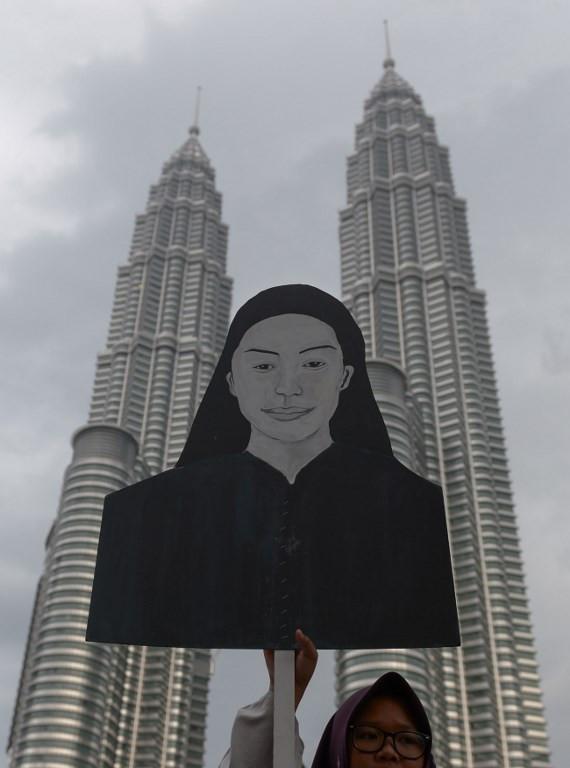 Ex-policeman in Malaysian murder case loses Australia asylum bid