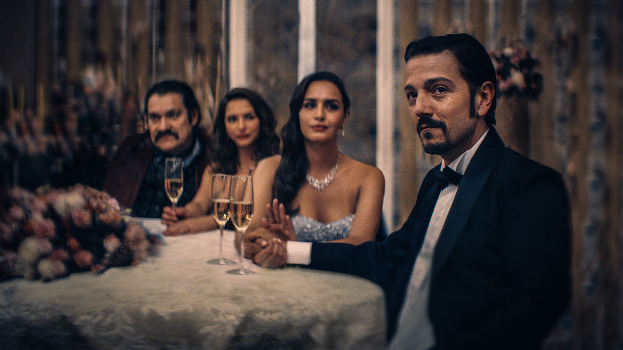 Diego Luna keeps his distance from drug lord role