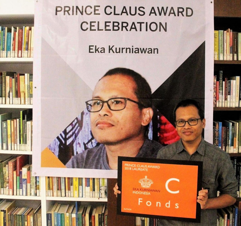 Eka Kurniawan celebrates Prince Claus Award in town