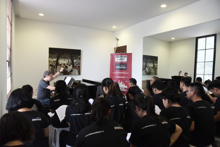 Participants of 'Indonesia menuju Broadway' receive training before being selected to fly to New York in July.