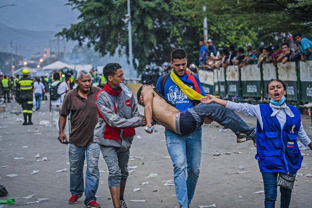 Clashes mark return to protests in Colombia