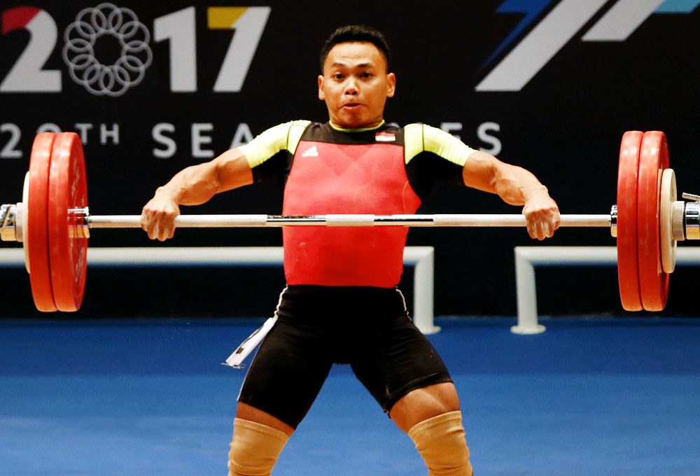 SEA Games: Indonesian lifter Eko needs to lose weight fast to compete