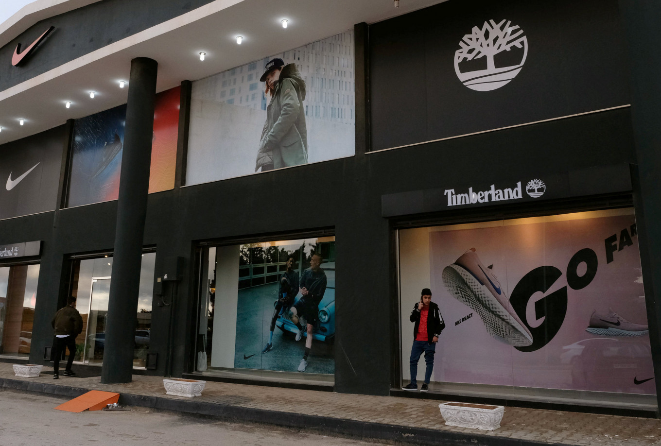 Shopping street rises from the ashes of war in Libya's Benghazi