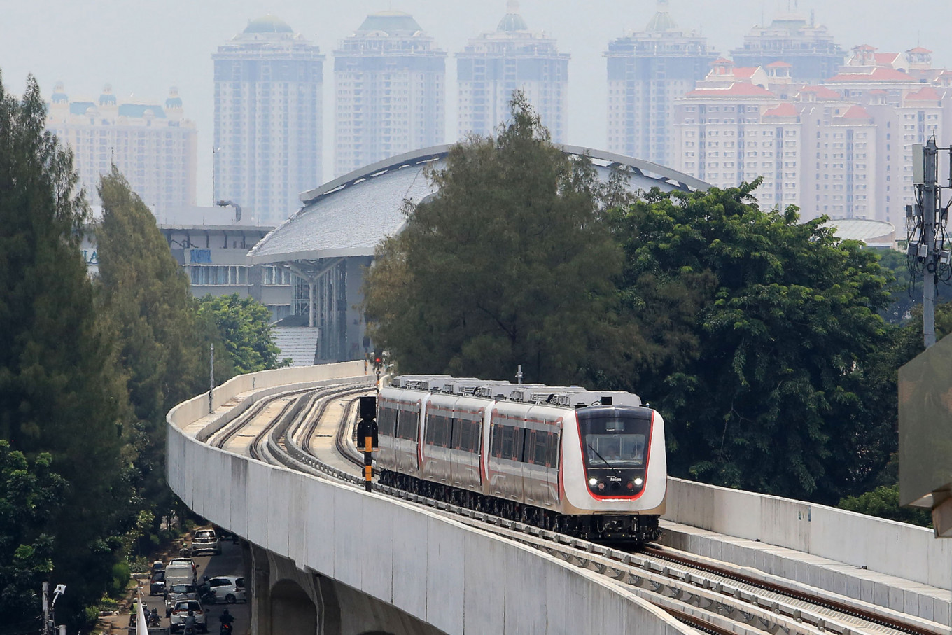 LRT Jakarta starts free public trial on Tuesday