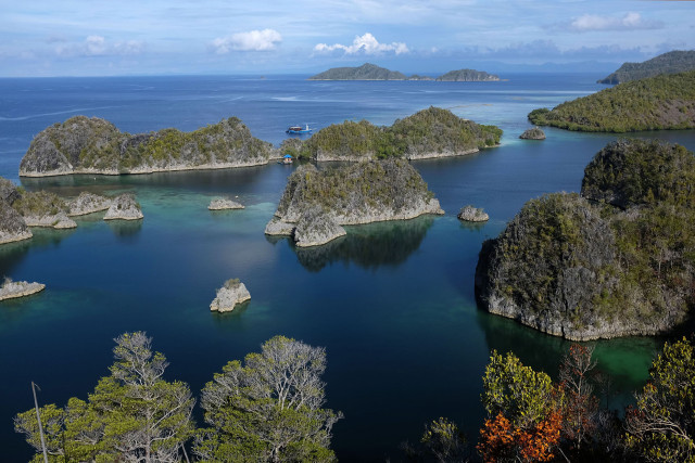 Boutique luxury cruise line to explore Raja Ampat, Komodo National Park