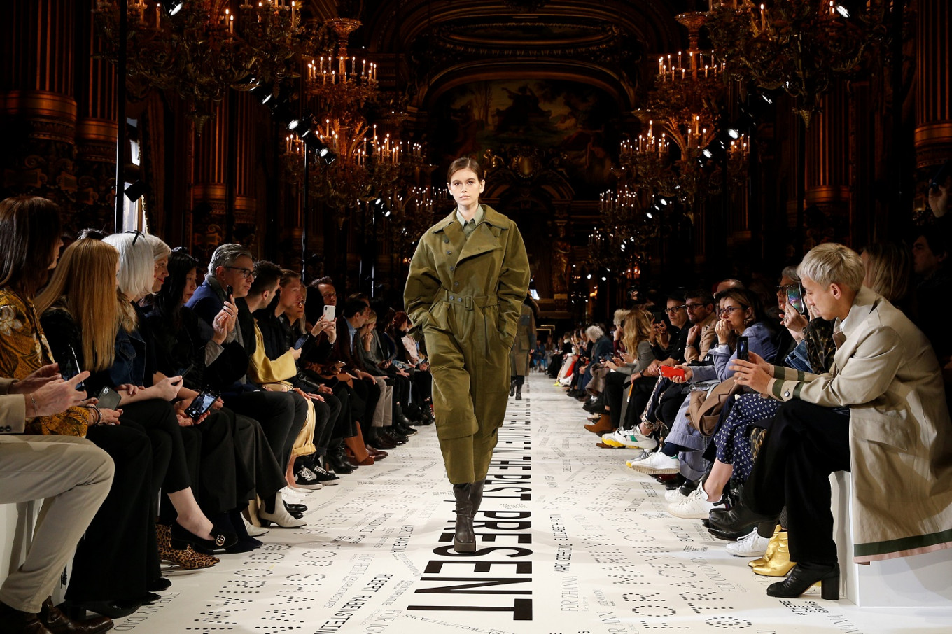 Upcycled  fashion and Oprah star at Stella McCartney catwalk ... 69703c4b2b3b6