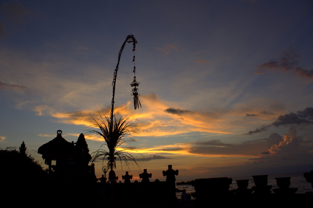 Four mobile network operators to suspend internet services in Bali during Nyepi