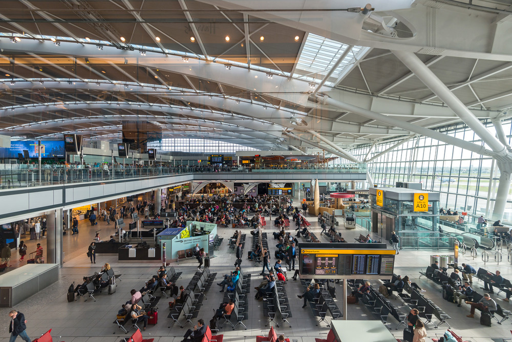 London mayor in court to stop Heathrow expansion